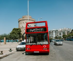 thessaloniki-sightseeing-bus-leukos-purgos