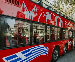 thessaloniki-sightseeing-bus-leukos-purgos-3